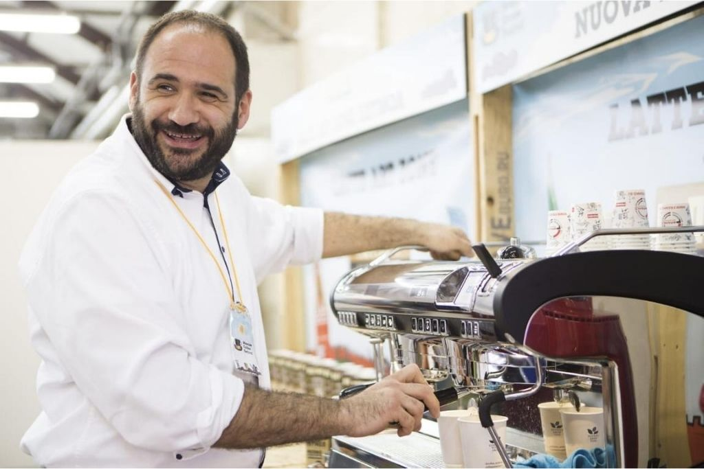 Coffee tasting and barista's role: Dario Ciarlantini's view, alias Mr. Purge